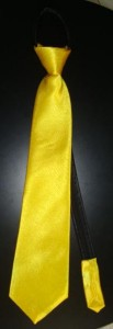 cravatta gialla